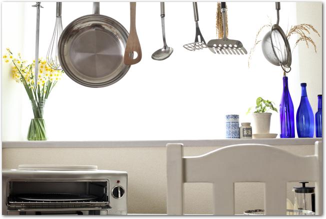 鍋やしゃもじなどのキッチン雑貨