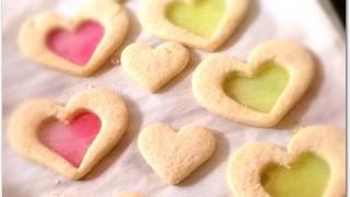 クッキーでステンドグラスの作り方は?飴でつくるコツと型の選び方は?