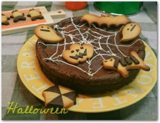 蜘蛛の巣チョコレートケーキ